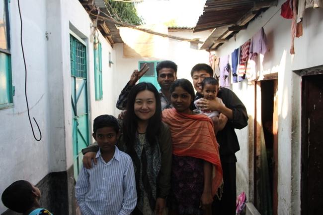 世界一周夫婦ゆめ実現@妻 バングラデシュ リキシャマン一家と
