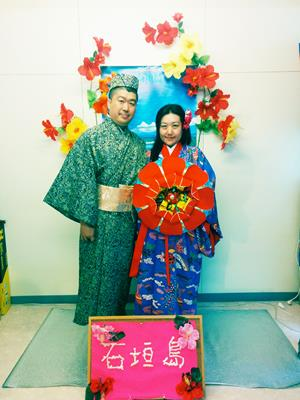 午前9時スタート!琉球衣装体験で旅の思い出作り(所要時間30分から1時間)