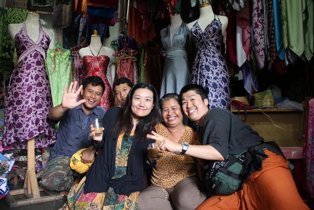 世界一周夫婦 インドネシアの友達と