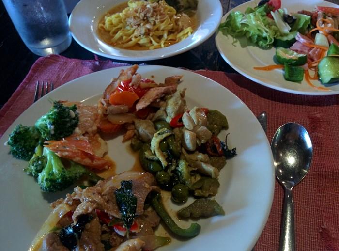チェンマイのおすすめレストラン「ホテル編」第3位【シリパンナホテルレストラン】