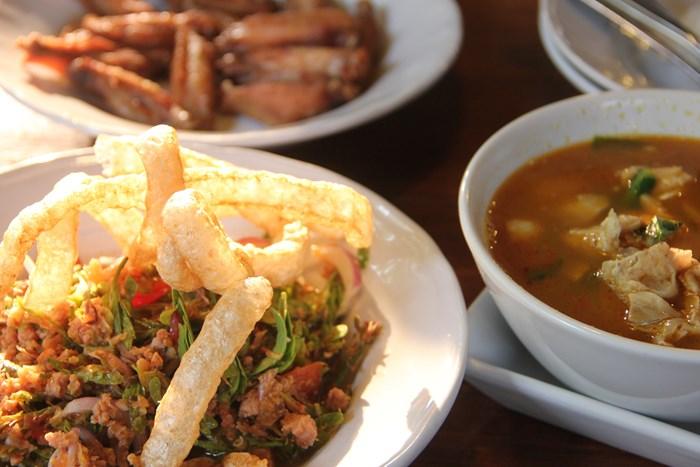 チェンマイのおすすめレストラン「コスパ最強編」第2位【北タイ料理トーン】
